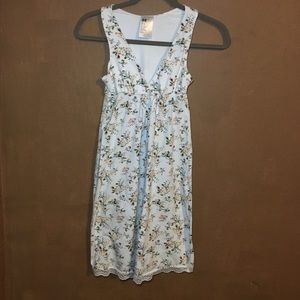 Forever 21 white floral dress size XS
